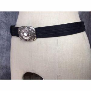 Vintage Accessories - LIZ CLAIBORNE VINTAGE 💯% LEATHER BELT WITH BUCKLE