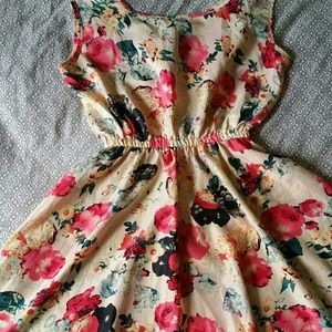 Liva Girl Dresses & Skirts - Cream floral dress