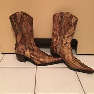 Steven Madden tan python leather cowboy boots 7