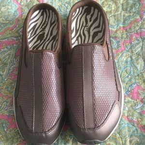 Easy Spirit Shoes - Easy Spirit Shoes