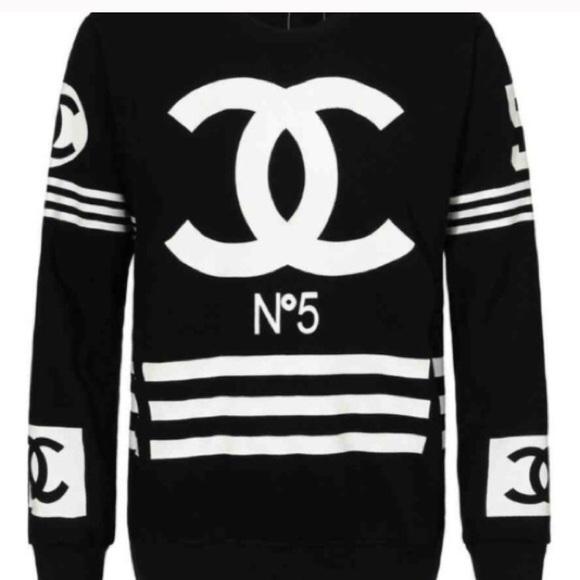 a89e04bc4c2 CHANEL Tops - Homme +Femme Chanel sweatshirt