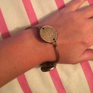 Bourbon and Bowties Jewelry - Bourbon & Bowties bracelet size small