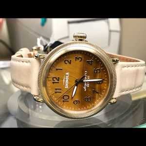 Shinola Accessories - Shinola ubisex quartz watch