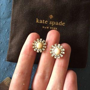 Kate spade daisy earrings