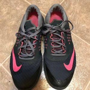 Nike Shoes - Nike Fit Sole