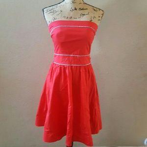 Super cute red strapless dress