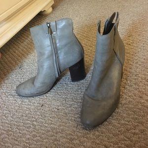 Size 8.5 Sam Edelman booties