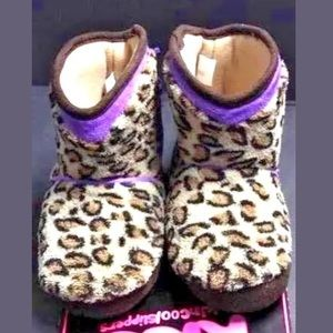 kics Other - Toddler girls leopard non skid bootie 5/6 7/8 9/10