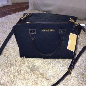 KORS Michael Kors Handbags - Micheal kors medium Selma bag in navy