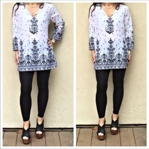 Tops - Black and White Tunic