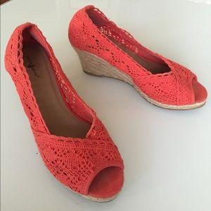 Coral crochet peep toe wedge with rope heel