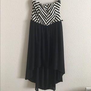 Iris Dresses & Skirts - Chevron Black and White High Low Dress