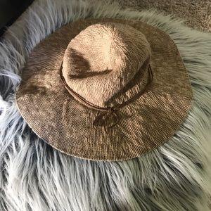 Hollister Accessories - Hollister sun hat