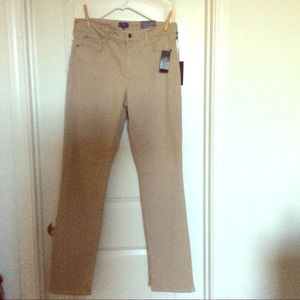 New with tags NYDJ slim cut pants