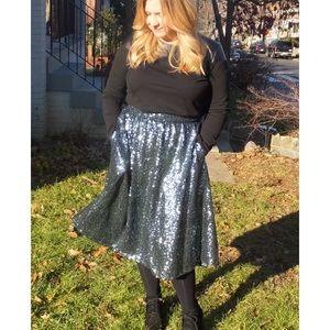 River Island Dresses & Skirts - River Island Green sequin midi skirt