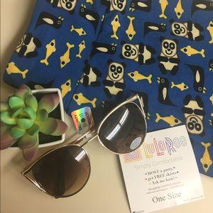 LuLaRoe Pants - LulaRoe-adorable blue with pandas,penguins&fish✨
