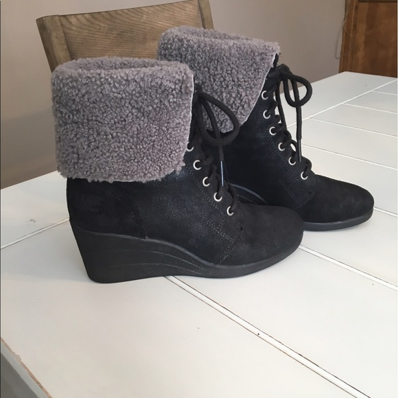 72 off ugg shoes uggs lace up waterproof lined boots
