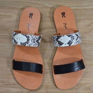 BC Footwear For Joyus Minute Sandals in Snake