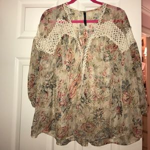 Ark & Co Floral Top