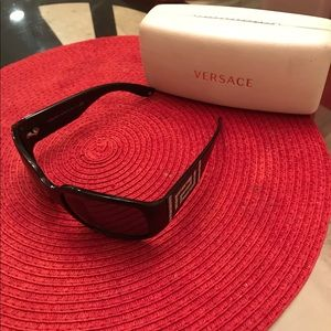 Versace Accessories - Versace Sunglasses (Black)