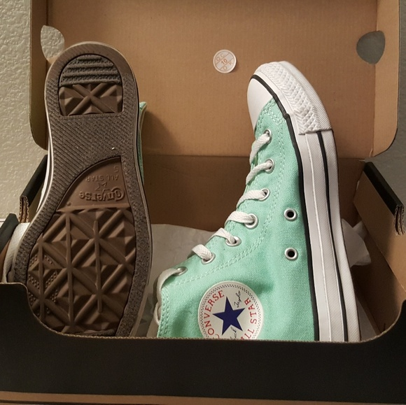 converse two pair of converse high tops pink and mint