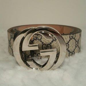 Gucci Other - Gucci belt 44/110