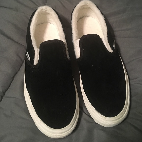 later amazing selection genuine Faux fur line black slip on Vans NWT