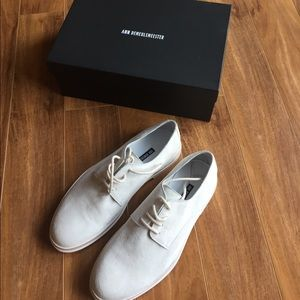 Ann Demeulemeester Other - Anne Demeulemeester white suede shoe