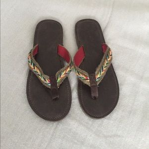 Shoes - Colorful braided thong flip flop