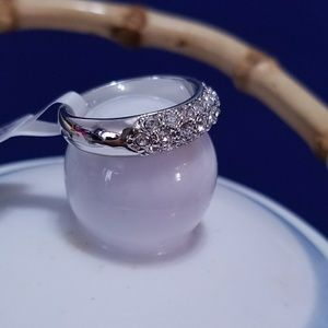 Jewelry - Lovers 18K silver plated ring with Crystal