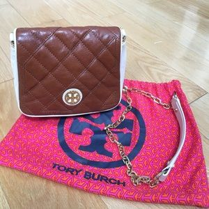 Tory Burch Handbags - Tory Burch Leather Quilted Crossbody