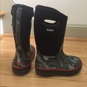 Other - Bogs boots boys size 11