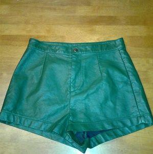 Pants - Leather shorts