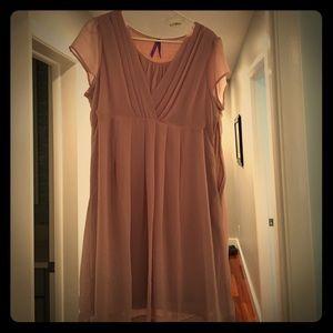 Seraphine Dresses & Skirts - Seraphine pink blush maternity dress size 12 US