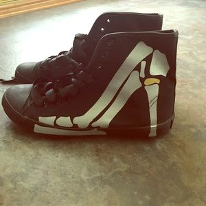 Be & D Shoes - Size 8 shoes never worn