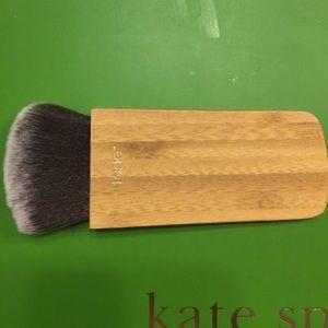 Tarte Brush