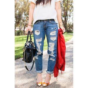 NWT Carmar LF Distressed Boyfriend Fit Jeans