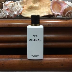 💋💋💋 NEW❗️NEW❗️CHANEL N•5 BATH GEL ( AUTHENTIC )