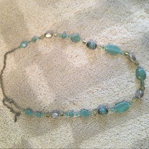 Jewelry - Beautiful teal beaded necklace
