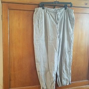 Linen pale/silver sage cropped pants and sweater