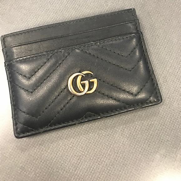 8d1684e4358 Gucci Handbags - Gucci Marmont Matelasse Leather card case