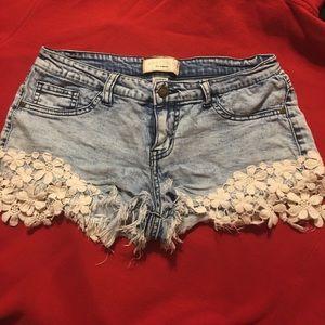 Angel Kiss Pants - Angel Kiss acid washed crochet shorts