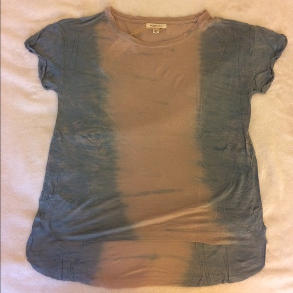 70 Off Tops Nwt Blue Tan High Low Hem Shirt Size M