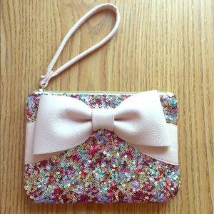 Betsey Johnson Handbags - 💕FINAL PRICE ⬇️💕Betsey Johnson sequined wristlet