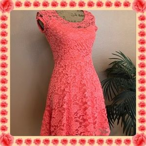 Lily Rose Dresses & Skirts - La la lovely Lacey coral colored dress