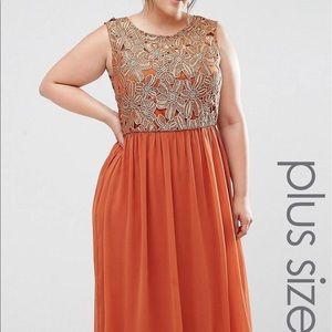 Dresses & Skirts - Rust colored maxi dress