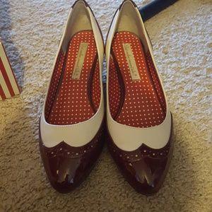 ac5a2926425 B.A.I.T Shoes - BAIT Ida Two Tone Spectators