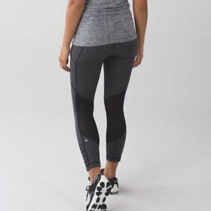 lululemon athletica Pants - Lululemon Herringbone Speed Crop Pants
