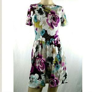 Twelve by Twelve Dresses & Skirts - TWELVE BY TWELVE Los Angeles Floral Dress XS