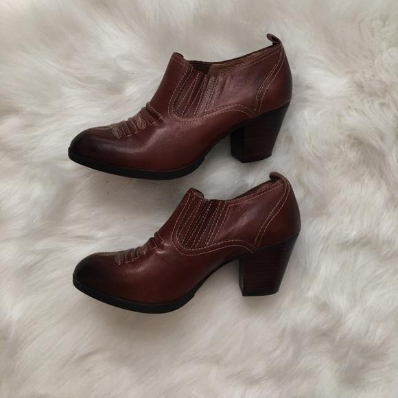 67 nurture shoes brown heeled booties cowboy boots